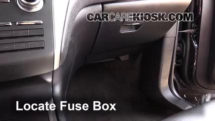 2015 Lincoln MKC 2.0L 4 Cyl. Turbo Fuse (Interior)