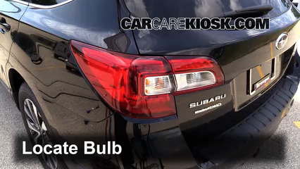 2015 Subaru Outback 3.6R Limited 3.6L 6 Cyl. Luces
