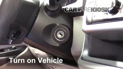 2015 Toyota Highlander LE 2.7L 4 Cyl. Bluetooth