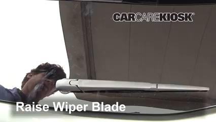 2015 Toyota Highlander LE 2.7L 4 Cyl. Windshield Wiper Blade (Rear)