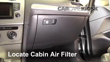 2015 Volkswagen Golf SportWagen TDI S 2.0L 4 Cyl. Turbo Diesel Filtro de aire (interior)