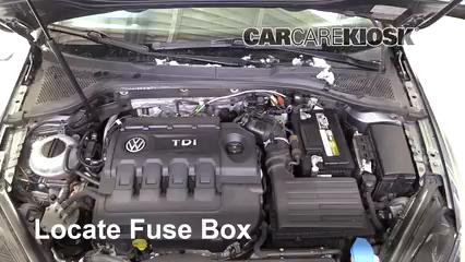 2015 Volkswagen Golf SportWagen TDI S 2.0L 4 Cyl. Turbo Diesel Fusible (motor) Control