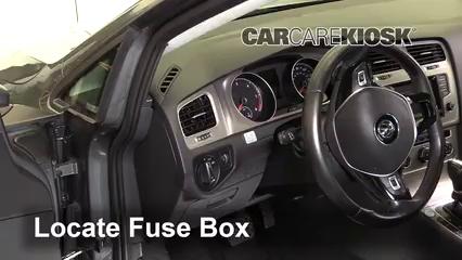 2015 Volkswagen Golf SportWagen TDI S 2.0L 4 Cyl. Turbo Diesel Fusible (interior)