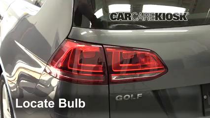 2015 Volkswagen Golf SportWagen TDI S 2.0L 4 Cyl. Turbo Diesel Luces