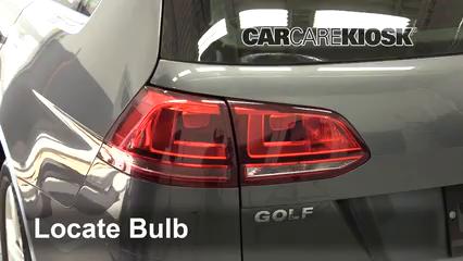 2015 Volkswagen Golf SportWagen TDI S 2.0L 4 Cyl. Turbo Diesel Luces Luz de reversa (reemplazar foco)