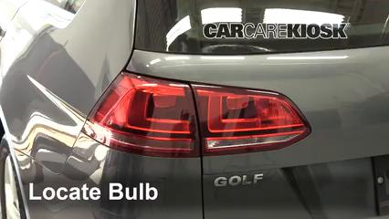 2015 Volkswagen Golf SportWagen TDI S 2.0L 4 Cyl. Turbo Diesel Luces Luz trasera (reemplazar foco)