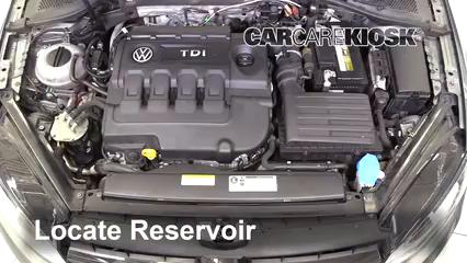 2015 Volkswagen Golf SportWagen TDI S 2.0L 4 Cyl. Turbo Diesel Líquido limpiaparabrisas