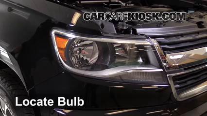 Headlight Change 2015 2019 Chevrolet Colorado 2016 Chevrolet