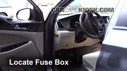 2016 Hyundai Tucson SE 2.0L 4 Cyl. Fuse (Interior) Replace