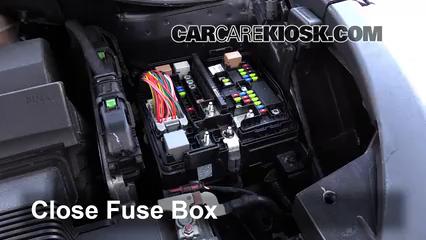 kia sorento fuse box location replace a fuse 2016 2019 kia sorento 2016 kia sorento lx 3 3l v6  2016 kia sorento lx 3 3l v6
