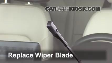 Front Wiper Blade Change Mercedes-Benz GLA250 (2015-2019) - 2016