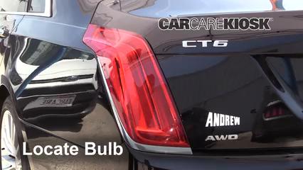 2016 Cadillac CT6 Premium Luxury 3.0L V6 Turbo Luces Luz de giro trasera (reemplazar foco)
