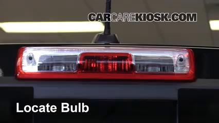 2016 Chevrolet Colorado LT 2.5L 4 Cyl. Crew Cab Pickup Luces Luz de freno central (reemplazar foco)