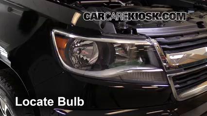 2016 Chevrolet Colorado LT 2.5L 4 Cyl. Crew Cab Pickup Éclairage Feux de route (remplacer l'ampoule)