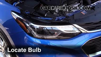 2016 Chevrolet Cruze LT 1.4L 4 Cyl. Turbo Luces Luz de marcha diurna (reemplazar foco)