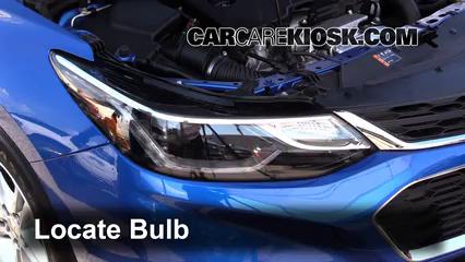2016 Chevrolet Cruze LT 1.4L 4 Cyl. Turbo Luces Luz de giro delantera (reemplazar foco)
