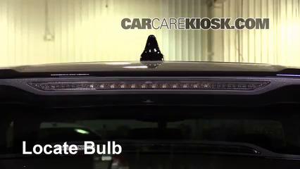 2016 Ford Edge Titanium 2.0L 4 Cyl. Turbo Luces Luz de freno central (reemplazar foco)