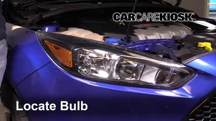 2016 Ford Focus ST 2.0L 4 Cyl. Turbo Lights Headlight (replace bulb)