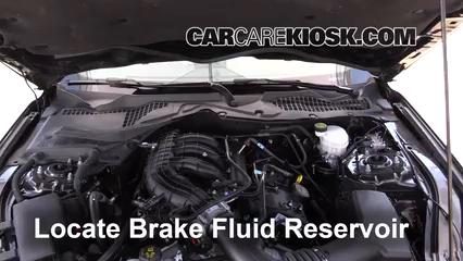 2016 Ford Mustang V6 3.7L V6 Coupe Liquide de frein