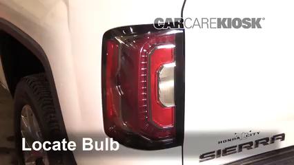 2016 GMC Sierra 1500 SLT 6.2L V8 Crew Cab Pickup Luces