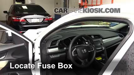 2016 Honda Civic LX 2.0L 4 Cyl. Sedan Fusible (intérieur)