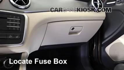 2016 Mercedes-Benz GLA250 4Matic 2.0L 4 Cyl. Turbo Fuse (Interior)