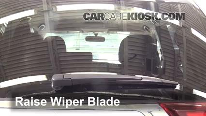 2016 Mitsubishi Outlander SE 2.4L 4 Cyl. Windshield Wiper Blade (Rear)