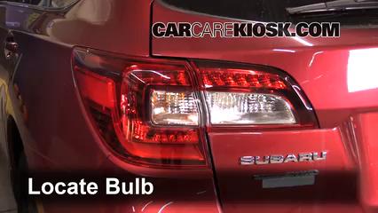 2016 Subaru Outback 2.5i Premium 2.5L 4 Cyl. Luces