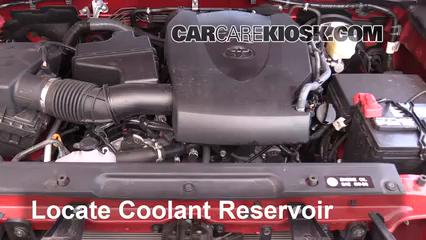2016 Toyota Tacoma SR5 3.5L V6 Crew Cab Pickup Refrigerante (anticongelante) Controlar nivel de líquido