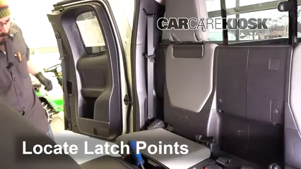 2017 Toyota Tacoma SR 2.7L 4 Cyl. Extended Cab Pickup Asientos de Carro