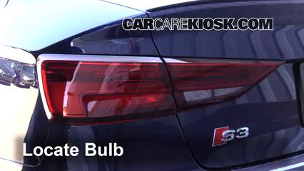 2017 Audi S3 Premium Plus 2.0L 4 Cyl. Turbo Luces Luz de niebla (reemplazar foco)