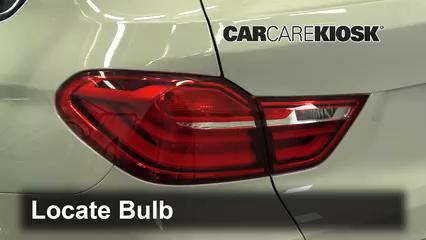 2017 BMW X4 xDrive28i 2.0L 4 Cyl. Turbo Lights