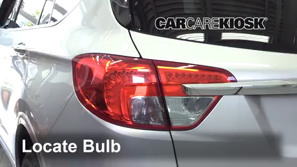 2017 Buick Envision Essence 2.5L 4 Cyl. FlexFuel Lights