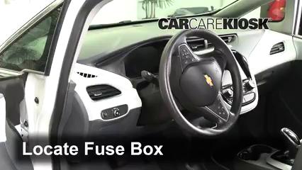 2017 Chevrolet Bolt EV LT Electric Fusible (interior)