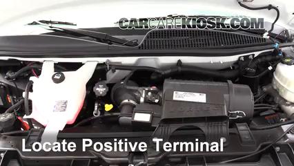 2017 Chevrolet Express 2500 4.8L V8 FlexFuel Extended Cargo Van Batería Encendido de puente