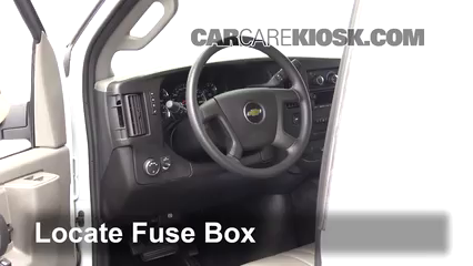 2017 Chevrolet Express 2500 4.8L V8 FlexFuel Extended Cargo Van Fusible (intérieur)