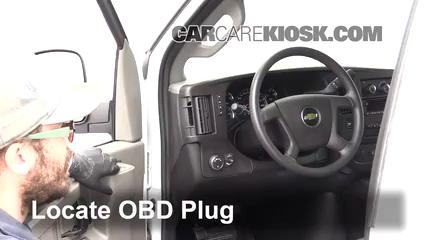 2017 Chevrolet Express 2500 4.8L V8 FlexFuel Extended Cargo Van Compruebe la luz del motor