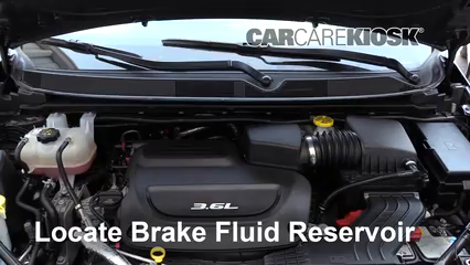 2017 Chrysler Pacifica Touring 3.6L V6 Líquido de frenos Controlar nivel de líquido