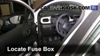 2017 Citroen C3 PureTech 1.2L 3 Cyl. Fuse (Interior)
