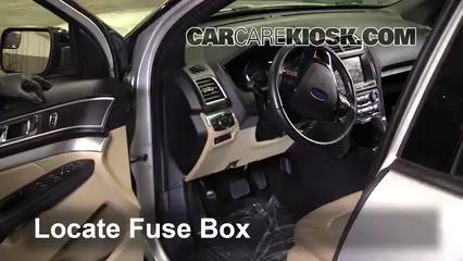 2017 Ford Explorer XLT 3.5L V6 Fusible (intérieur)