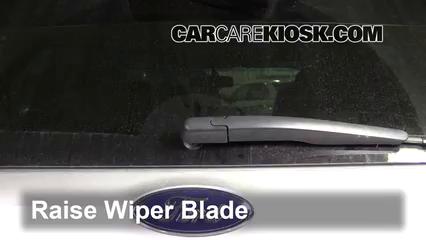 2017 Ford Explorer XLT 3.5L V6 Balais essuie-glace arrière