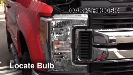 2017 Ford F-250 Super Duty XL 6.7L V8 Turbo Diesel Standard Cab Pickup Luces Luz de marcha diurna (reemplazar foco)