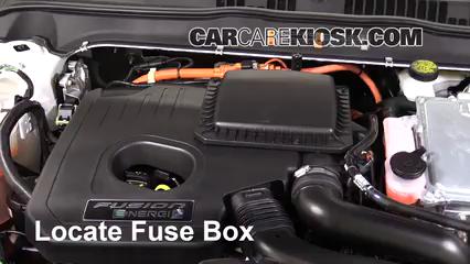2017 Ford Fusion Energi Titanium 2.0L 4 Cyl. Fusible (moteur)
