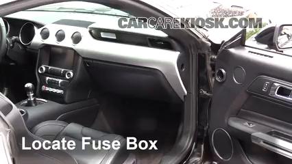 2017 Ford Mustang GT 5.0L V8 Fusible (intérieur)