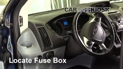 2017 Ford Transit-150 XLT 3.7L V6 FlexFuel Fusible (intérieur) Remplacement