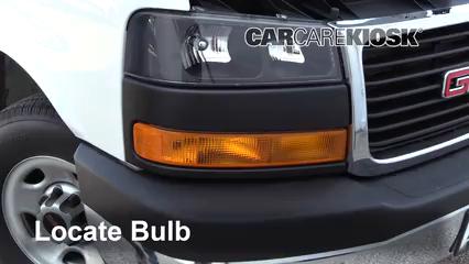 2017 GMC Savana 2500 4.8L V8 FlexFuel Extended Cargo Van Lights Parking Light (replace bulb)