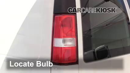 2017 GMC Savana 2500 4.8L V8 FlexFuel Extended Cargo Van Lights Turn Signal - Rear (replace bulb)