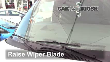 2017 GMC Savana 2500 4.8L V8 FlexFuel Extended Cargo Van Windshield Wiper Blade (Front)