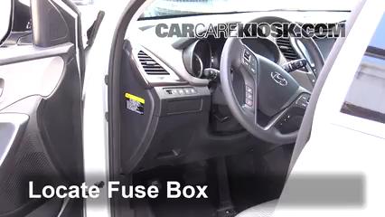 2017 Hyundai Santa Fe SE 3.3L V6 Fusible (interior)