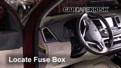 2017 Hyundai Tucson Eco 1.6L 4 Cyl. Turbo Fuse (Interior)